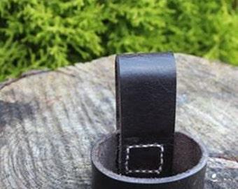 leather belt axe loop