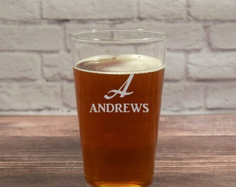 Custom Pint Glass, Etched Beer Glass, Custom Pint Glasses, Personalized Beer Glass, Beer gift, Beer Glass Gift, Groomsmen Gift