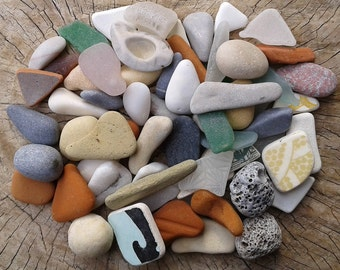65 pieces 0.5''- 2''[1.3-5cm]. Collection of sea glass, sea pottery and beach stones. Quality pieces for various crafts and jewelry making.