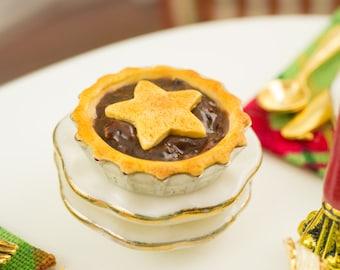 Holiday Mince Pie - 1:12 Dollhouse Miniature