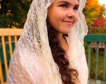Cream Lace Church Scarf / Eternity Chapel Veil / Modest Headdress / Confirmation Veil / Latin Mass Mantilla / Lace Shawl for Mass
