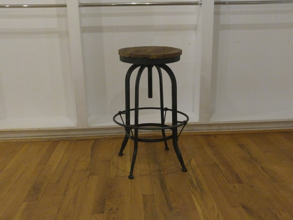 30 Rustic Industrial Metal Bar Stools With By