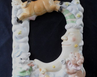 Ceramic Table Top Baby Frame Hey Diddle Diddle The Cat and The Fiddle The Cow jumped Over The Moon  Nursery Rhyme  876