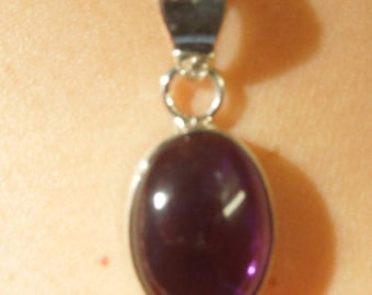 925 Sterling Silver Amethyst Cabochon Pendent