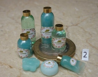 Clivia bathroom set, rosewood or Mugwort
