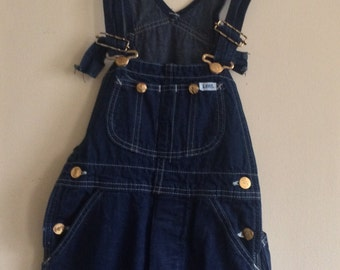 SALE Vintage Deadstock Dark Wash Lees Overalls. Painter Pants. Tall Kid Child Overall. Artist Smock Jean. Ceramic pants.  PETITE
