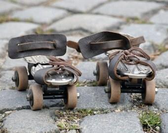 Vintage roller skates, Retro kids roller skates, Metal roller skates, Children's room decor, Brown leather roller skates, Vintage sports