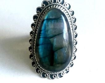 Labradorite silver ring,Labradorite ring, sterling silver,vintage Labradorite ring,statement ring,Large ring,handmade jewelry,boho ring