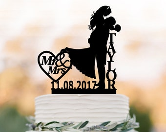 Bride and groom Wedding Cake topper mr and mrs,  silhouette wedding cake topper custom name, personalized cake topper with date