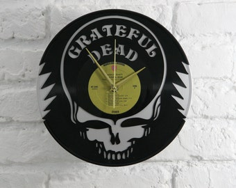 Grateful Dead vinyl record wall clock, ideal for home decor, unique gift present and hand made art, interior design for music fan, 045