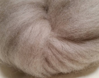 Southwest wool/mohair blend spinners roving