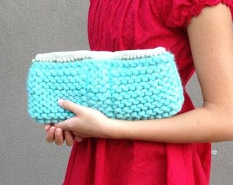Teal knit clutch purse w/ pearls
