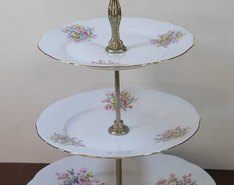 Servant rack cakes sweet flowers in porcelain, 3 levels