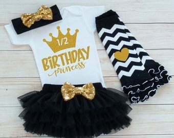 Half Birthday Girl Outfit, Baby Half Birthday Outfit, Cake Smash Shirt, Half Way To One Outfit, Six Month Birthday, Half Birthday Bodysuit