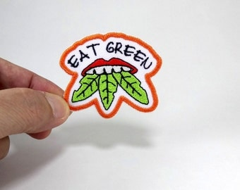 Eat Green - (5.5x5 cm) Great design iron patch about no toxic eat (Iron on only, no pin)