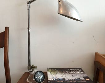 Vintage Architect's Desk Office Lamp KI-E-KLAIR by Alphonse Pinoit, Articulating Arm / Lampe articulée de bureau d'architecte Ki-E-Klair