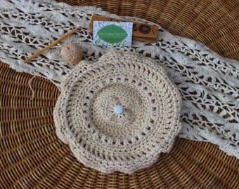 Gaudy (Ivory crocheted beret) Ivory crochet beret