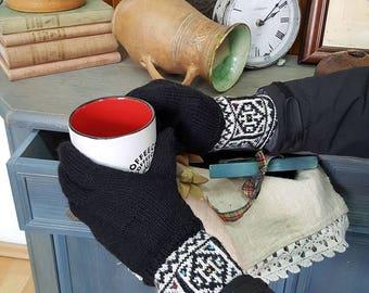 Jacquard Pattern Women Winter Gloves Cold Weather Hand Knit Woolen GlovesSet Gloves Hat Collar Gift for Him Gloves Knit Fair Trade Gloves
