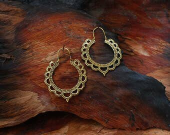 Puspa Earring - ear jewelry