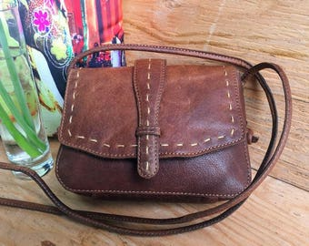Genuine Leather Crossbody Bag Hand-Stitched Flap BARGANZA sorpresa!