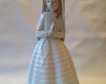 NAO Lladro First Communion #0236 Porcelain Figurine