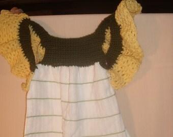 Green and Yellow Crocheted Tea Towel