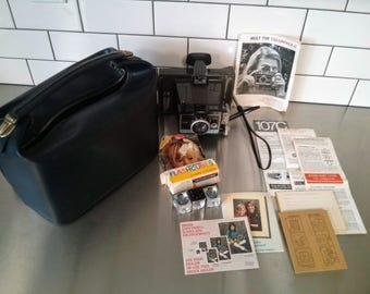 Vintage Polaroid Colorpack II Land Camera with CASE, flash cubes, instruction manual, print order forms and MORE. Classic & collectible.