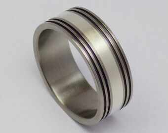 Titanium, silver 925 ring, groovy!