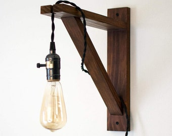 Bracket Pendant Lamp