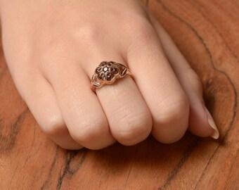 Raised Flower Garnet Vintage Ring in 14K Rose Gold - Rose Gold Garnet Ring - Flower Shaped Ring - Gemstone Ring - GIft for Her