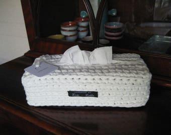 elegant white crochet sleeve cover for tissuesbox