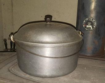 Majestic Ware Aluminum dutch oven