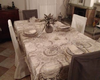Vintage 12 seater tablecloth embroidered by hand