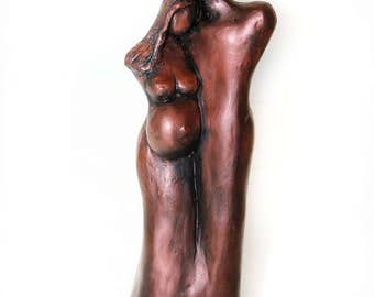 Pregnant Mother's Day Sculpture, Expecting Mom and Dad Sculpture, Expecting Couple, Mom To Be Figurine, Baby Shower Gift, Mother's Day Gift