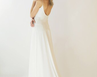 Sample Sale light ivory silk fit body A-line silk wedding gown