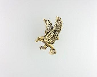 Eagle Ear Cuff, Eagle Earrings, Gold Eagle Jewelry, Animal Cuff Earring, Nature Ear Cuff, Woodland Ear Cuff, Animal Ear Cuff Jewelry, Gifts