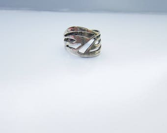 Cellini Signed Sterling Silver Modernist Cut Out Ring - Size 8      1493