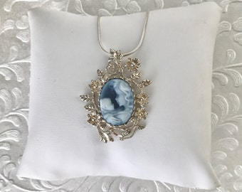 Expecting Mom Gift Handmade, Mother Child Cameo Blue Necklace Jewelry, Mom Necklace, Unique Gift for Mom, Baby Shower Gift, New Baby Gift