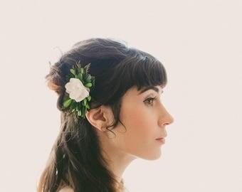 Woodland bridal clip, Natural foliage, Rustic wedding hair clip, Unique bridal alternative, Hair clip wedding, Winter wedding hair clip