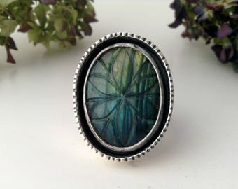 flower ring-labradorite ring-sterling silver-blue labradorite-carved labradorite-artisan ring-size 7.5- bohemian ring-flower jewelry
