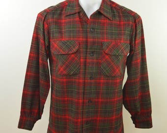 Vintage PENDLETON Plaid Wool Shirt box hem loop collar made in USA size SMALL