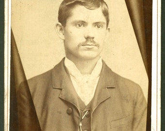 Memorial / Handsome Young Man / Beautiful Graphics / Chicago IL / Death Mourning Cabinet Card