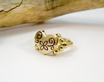 Gold Heart Ring, Gold Cocktail Ring, Elastic Band Ring, Stretchy Ring, Gift for Her, Stocking Stuffer