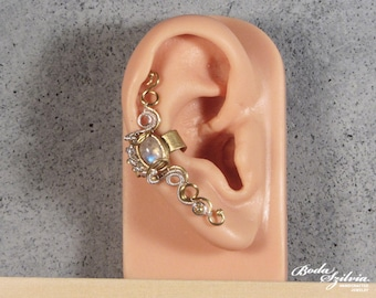 Moonstone ear cuff in silver and brass -  no piercing moonstone ear cuff - elegant moonstone jewelry - bridal jewelry