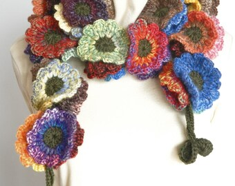 Floral Fall - Contrast - Crochet Multicolor Flowers Wreath Scarf