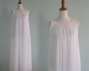 Vintage 70s Nightgown - Romantic 70s Chiffon Nightgown in Pure White - Vintage 1970s Miss Elaine White Night Gown S M
