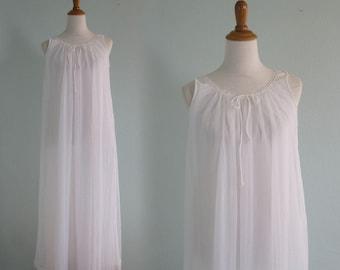 Romantic 70s Chiffon Nightgown in Pure White - Vintage Miss Elaine White Night Gown - Vintage 1970s Nightgown S M
