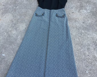 1970s Maxi Dress - Hostess Dress -Black White Check - Hosting Bridge Game or Cocktails with the Husbands - 70s Classic Style - 36 Bust