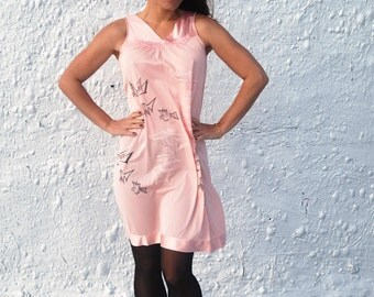 1960s Vanity Fail Pink Silk Screened Owl Nightgown by Tecolote Vintage L/XL