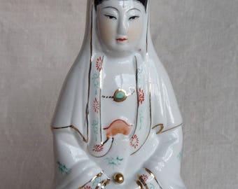 Vintage Kwan Yin, Quan Yin figurine, statue, ceramic porcelain